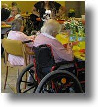 Foto di pranzo in struttura socio-assistenziale