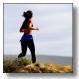 Immagine di donna che corre tratta dalla prima pagina della scheda sull'attività fisica in provincia di Modena anni 2011-2014, dati tratti dalle sorveglianze PASSI, PASSI d'Argento, OKkio alla salute e HBSC