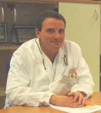 Come fermare il sanguinamento rettale a emorroidi