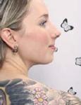 Foto di ragazza con tatuaggi